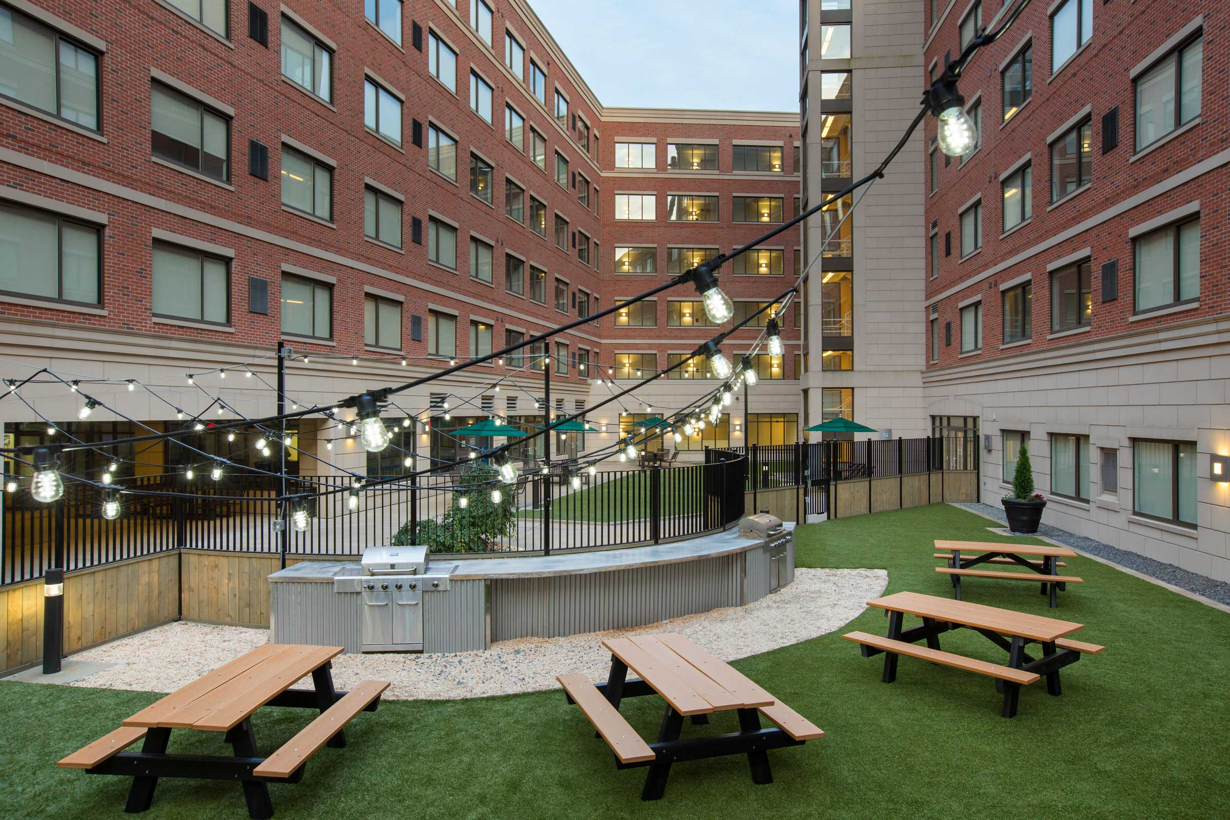 9345-Courtyard-2-WEB